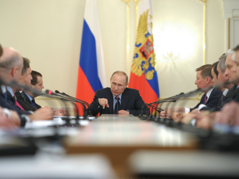 putin-boardtable-reuters