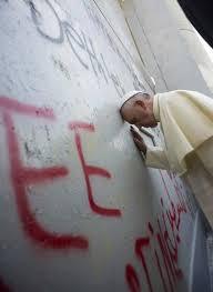 papa al muro